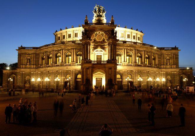 Semperoper Dresden Foto: Matthias Creutziger