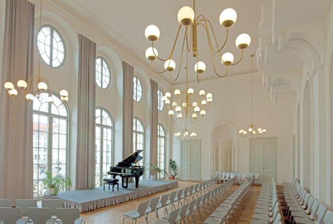 Festsaal im Coselpalais Foto: Piano Salon Kirsten