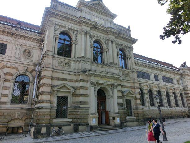 Albertinum mit Galerie Neue Meister Foto EMOD