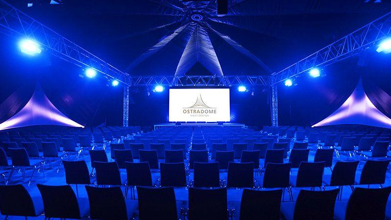 Ostra-Dome innen (c) Michael Schmidt & First Classs Concept