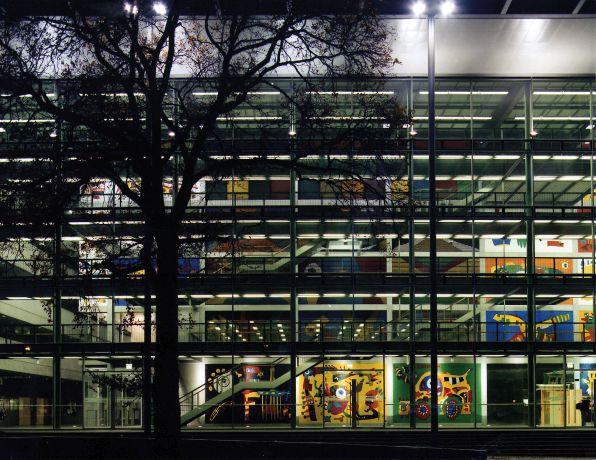 Hoersaalzentrum Foto TU Dresden Lutz Liebert