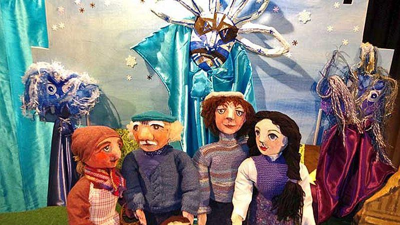 Puppenspiel in der Theaterscheune (c) Zschoner Mühle