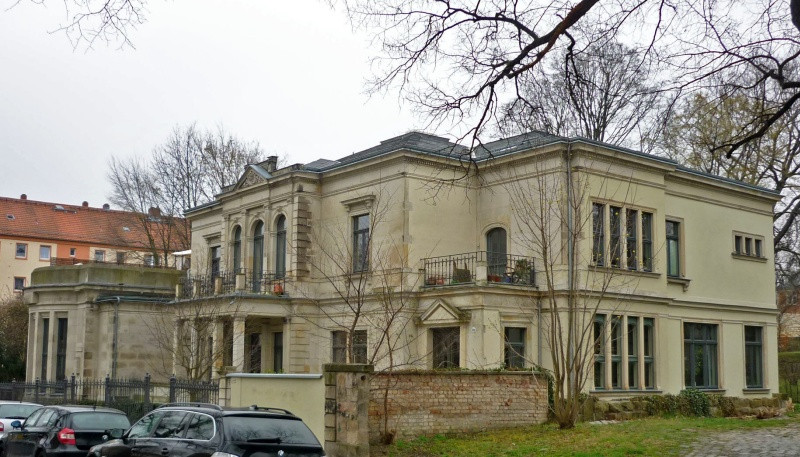 Villa Lingner; (c) SchiDD [CC BY-SA 3.0 (https://creativecommons.org/licenses/by-sa/3.0)]