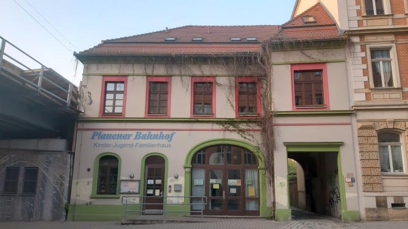 Plauener Bahnhof (c) KuKa