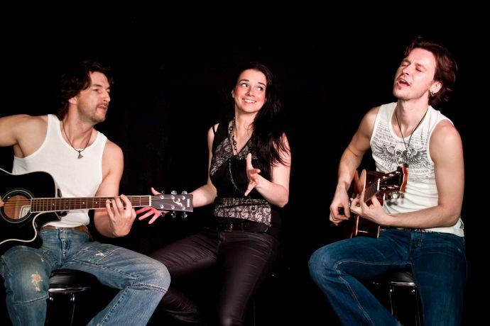 Akustik Rock Trio Foto: Dixiebahnhof
