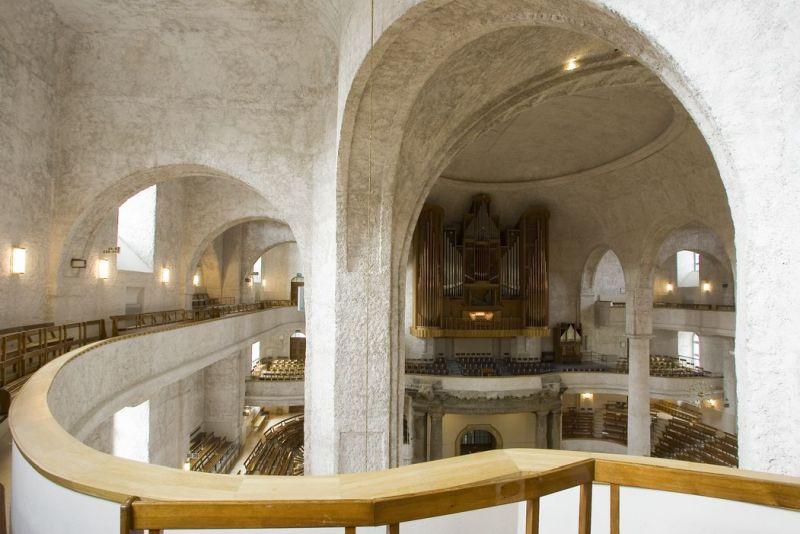 (c) Kreuzkirche Dresden Innenraum