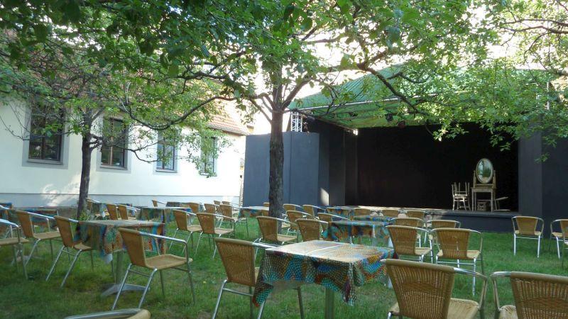 Gartenbühne Societaetstheater (c) KuKa